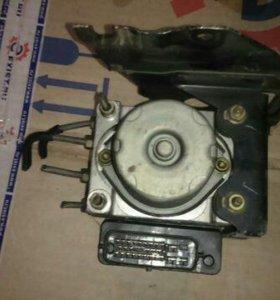 Блок ABS Mazda 6 02-07 г.в.