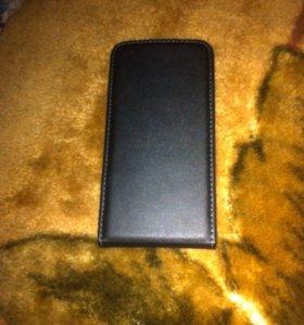 Чехол на iphone 4 или на iPhone 4s