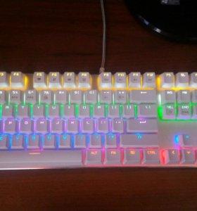 Игровая механическая клавиатура