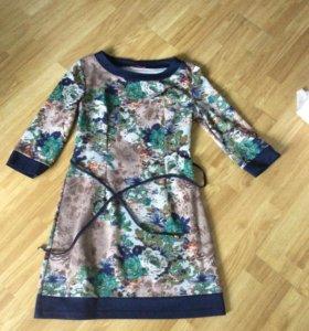 Платье -44 размер