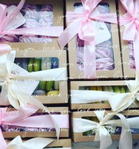 Подарочные наборы зефир и макарон