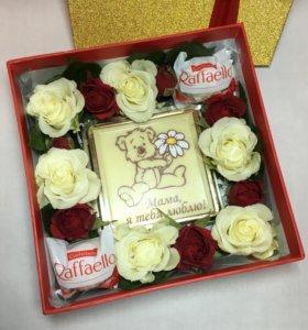 Цветы в коробке. Подарок женщине