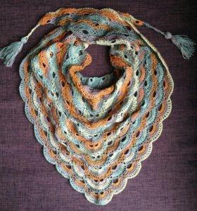 Вязаный платок,бактус , шаль