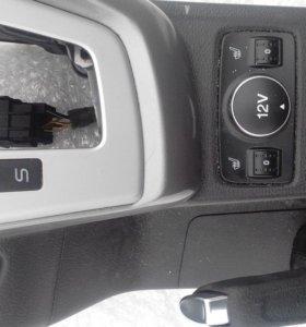 Консоль средняя Форд Фокус 3