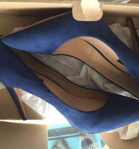 Туфли замшевые новые размер 41