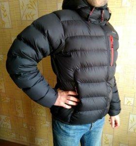 Куртка зимняя мужская 50 размер Quechua