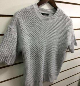 Трикотажная кофточка-свитер