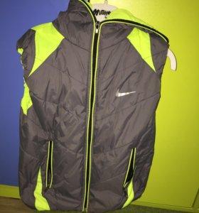 Куртка , жилетка для мальчика