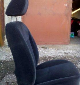 Сиденья передние Форд фокус