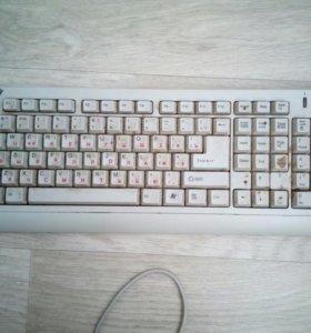 Продается клавиатура веб камера колонки