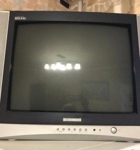 Телевизор Акира в отличном состоянии