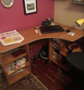 Стол письменный(компьютерный)