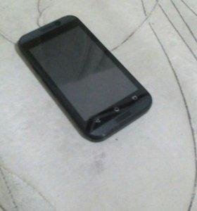 Смартфон DeXP ixion E240