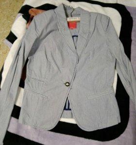 Куртки и пиджак