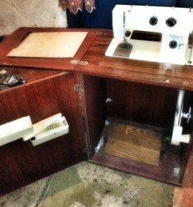 Швейная машинка бытовая