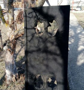 Деревянная полка на ниву 5 дверную
