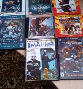 8 дисков с играми