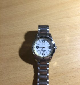 Часы q&q quartz