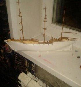 Корабль сборный игрушечный
