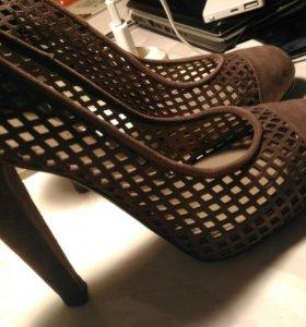 Туфли Alberta Ferretti