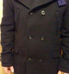 Пальто мужское зимнее НОВОЕ.