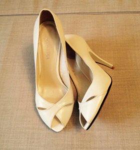 Туфли 36-37 размер. Новые