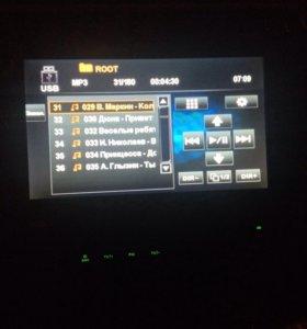 Магнитолы с выдвижными экранами