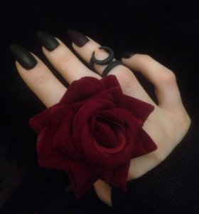 Gothic dream rose by Hixx in vine red