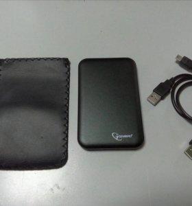 Внешний HDD на 500 gb