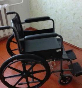 Инвалидное кресло-коляска с туалетным устройством
