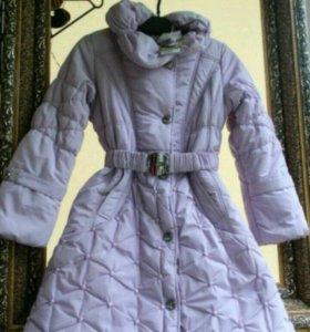 зимние фиолетовое пальто размер 128-134
