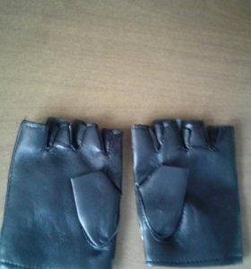 Продам кожаные перчатки
