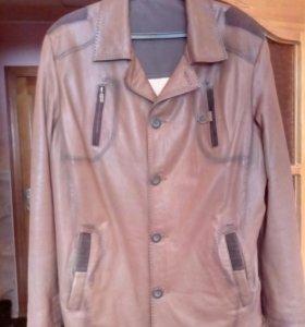 Куртка из натуральной кожи,отличное качество,новая