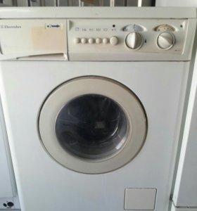 стиральная машинка ELECTROLUX EW1062S.