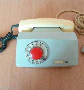 Телефон дисковый советский