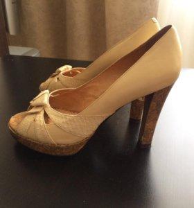 Туфли Laura Berty из натуральной кожи