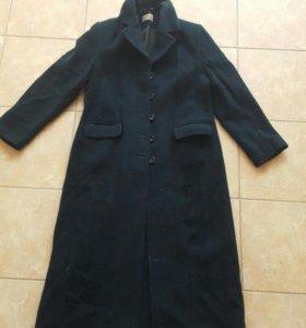 пальто длинное 50р