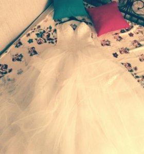 Свадебное платье. Размер 44—48