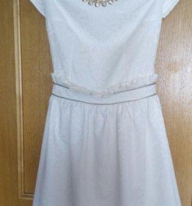 Платье. Белое раз.40-42,46