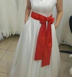 Свадебное платье продам или в аренду на 3 дня