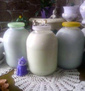 Молоко натуральное коровье.