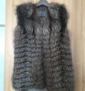 Меховая жилетка. Чернобурка