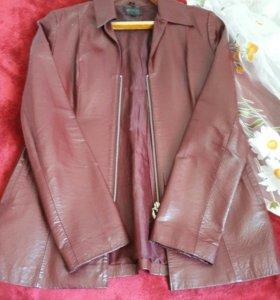 Продам б/у кожаную куртку