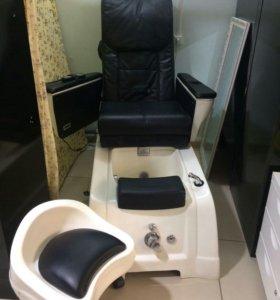 Педикюрное кресло с массажом