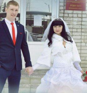 Продам платье свадебное .