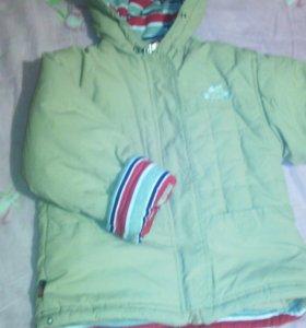 Курточка на мальчика уличная