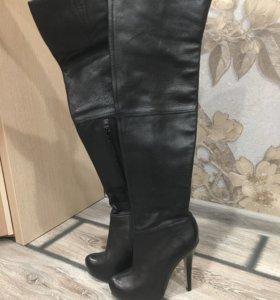 Ботфорты новые кожаные