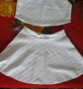 Кастюм юбка с топиком.