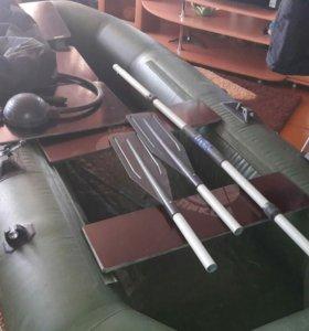 Лодка Оникс