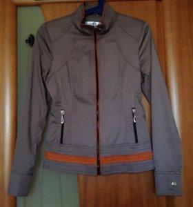 Куртка женская 42р-р